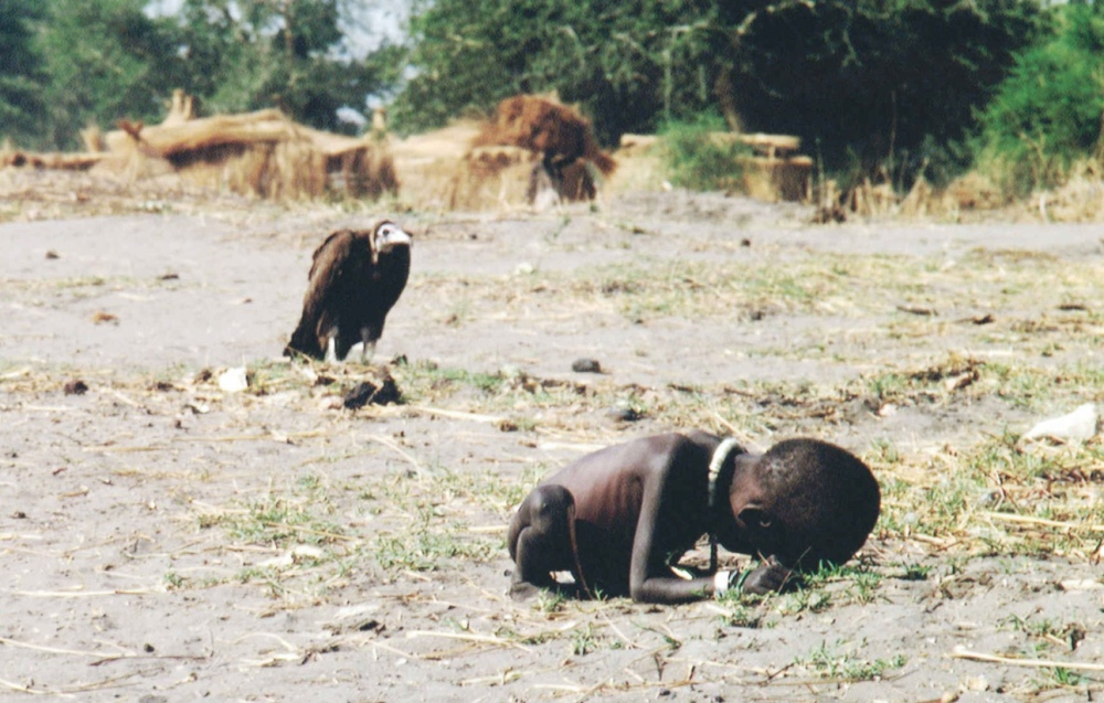 starving-child-and-vulture